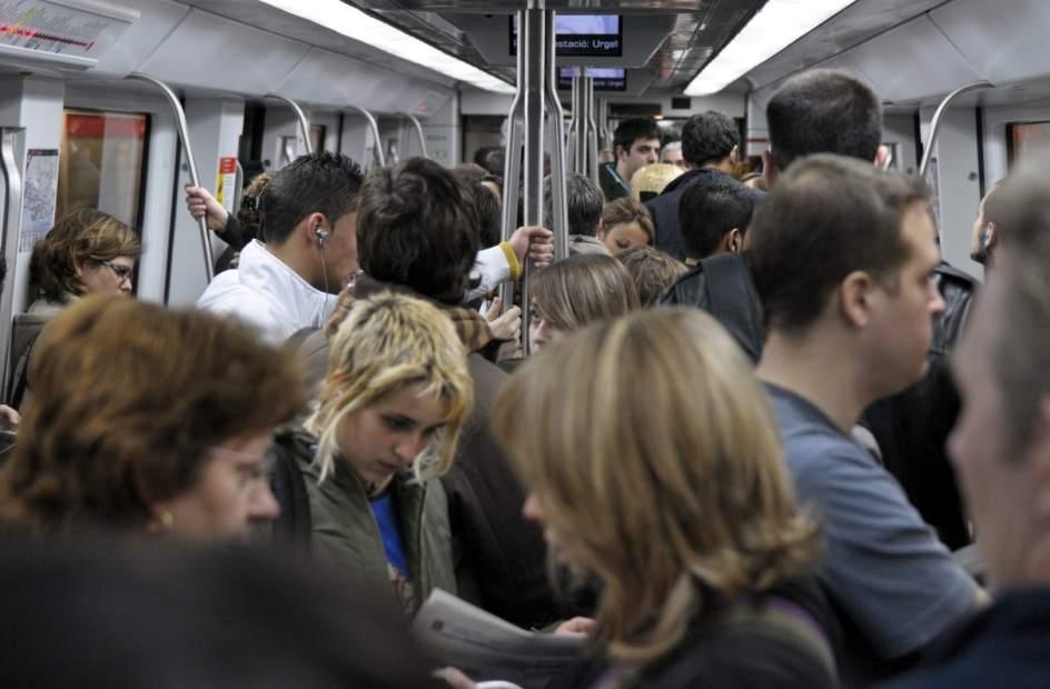 El Metro de Barcelona funcionará 67 horas ininterrumpidas por la verbe...