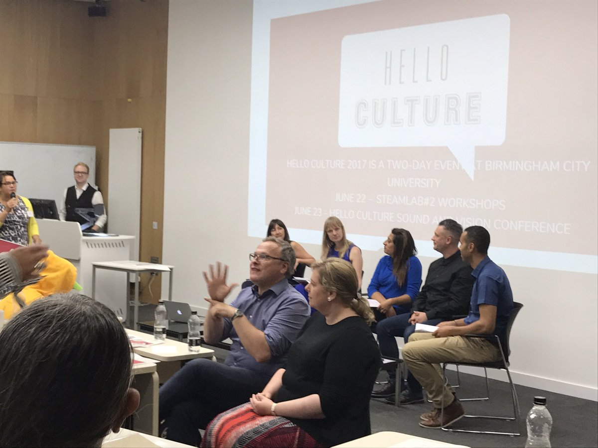 2nd Panel Discussion The #Art of #Science @helloculture17 w/ @STEAMhouseUK @LuciaAttica @justin_wiggan  @DianeWiltshire @karen_new_ #HCSV17<br>http://pic.twitter.com/prok578pGq