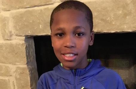 10-year-old, Bishop Curry, develops #device to prevent kids from dying in hot car:  http:// bit.ly/2sy273O  &nbsp;   #blackboyjoy #excellence<br>http://pic.twitter.com/8YmLY1M2Km