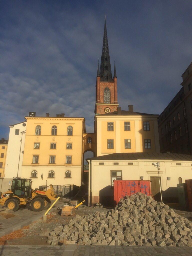 sending u gratitude &amp; prayers 4 strength. also thank sweden 4 #rejectrex tillerson @ArcticCouncil fbx declaration. US needs help. Humbling.<br>http://pic.twitter.com/s3VKfuHCTi