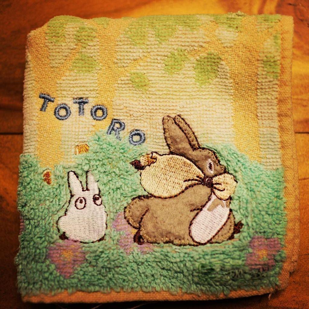Another Totoro hand towel. #Totoro #Ghibli  http:// ift.tt/2rYLBen  &nbsp;  <br>http://pic.twitter.com/0DTZb1dRqF