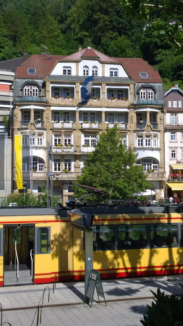There are so many old #buildings in #BlackForest and most of them #show : we are #sustainable - #NationalPark #weekend #house #tram<br>http://pic.twitter.com/irM2sOiOLw