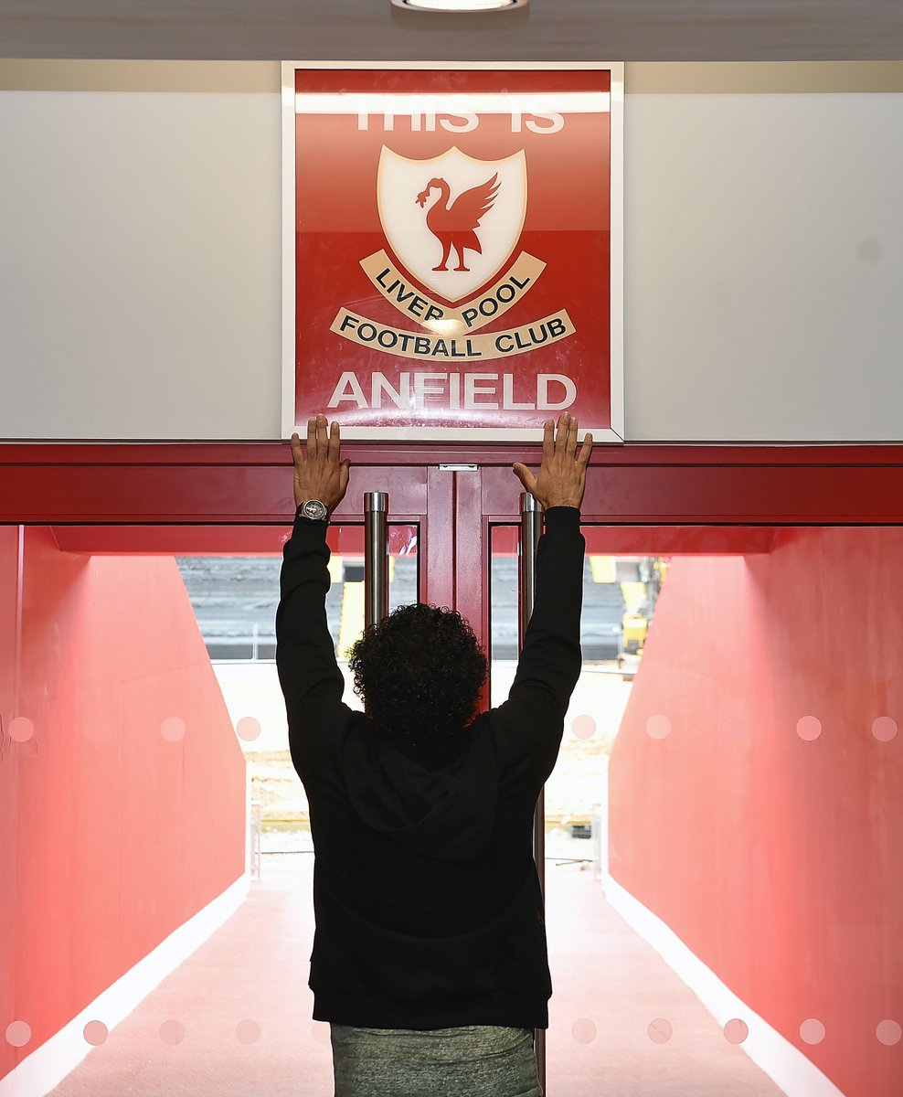 Welcome to Anfield, @22mosalah! 🏟  Gallery of his special tour: https:...