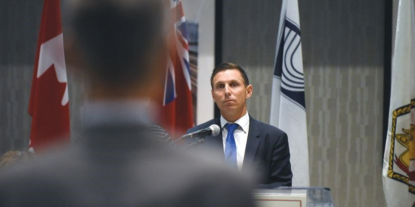 PC leader @brownbarrie promises to take Ontario in &#39;new and better direction&#39; while addressing BofT meeting in #Ajax  http:// bit.ly/2sxWxyn  &nbsp;  <br>http://pic.twitter.com/P0asnWL0GS