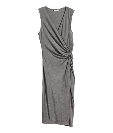 I´m not even kidding this is the perfect dress for Summer! The grey colour is cool too :)  http:// bit.ly/2sHomFn  &nbsp;   #Ad #moms #fashionblogger <br>http://pic.twitter.com/t45v2PCh5c
