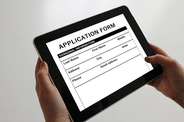 How the Right Applicant Tracking System Improves Candidate Experience    http:// buff.ly/2twHgfJ  &nbsp;    #recruitment #technology  #business<br>http://pic.twitter.com/qSKnD8vQWr