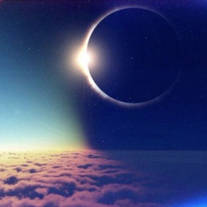Tired of problems at home base? New moon in domestic zone tomorrow perfect for balancing things out. #astrology <br>http://pic.twitter.com/xkIHlTfyrO