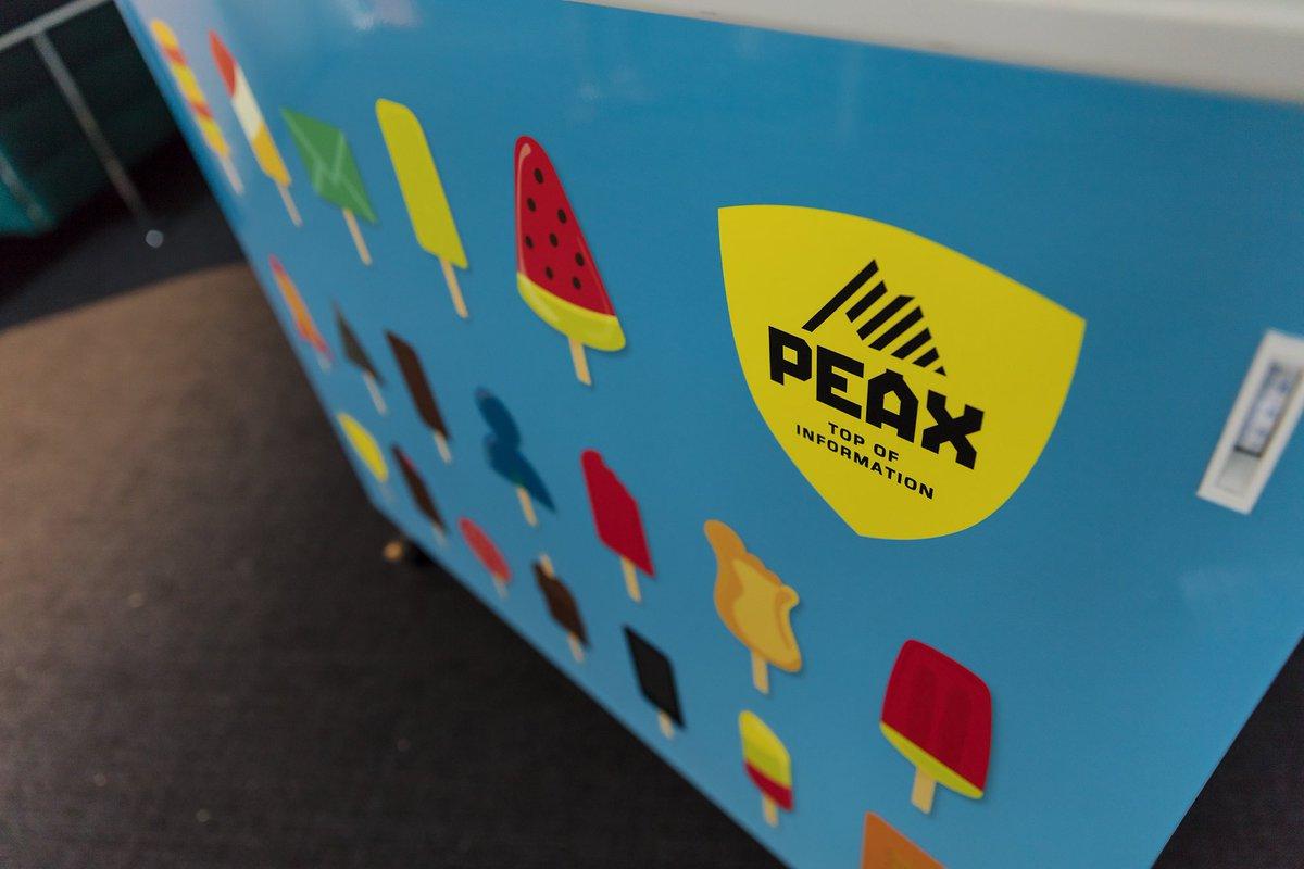 Unsere geniale #PEAX #Eistruhe kommt gerade richtig! #Abkühlung gefällig! 🍦🍦🍦Erkennt ihr die #PEAX #Glaces? https://t.co/julGaqP1E7