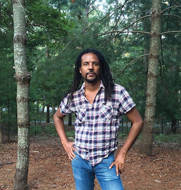 &quot;Underground Railroad&quot; de Colson Whitehead chez @AlbinMichel #PremierRoman #RentréeLittéraire2017 #EtatsUnis  http://www. livreshebdo.fr/article/la-lum iere-dans-le-tunnel &nbsp; … <br>http://pic.twitter.com/xWc4PvGcwa