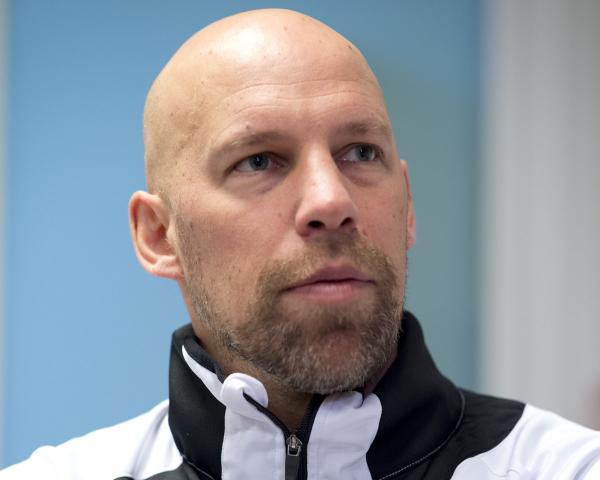 """Axel Kromer von @DHB_Teams berichtet über """"Modernes Nachwuchstraining im Jugend-Handball"""" https://t.co/Xi6uE4uoul https://t.co/R0WJS8BsQG"""