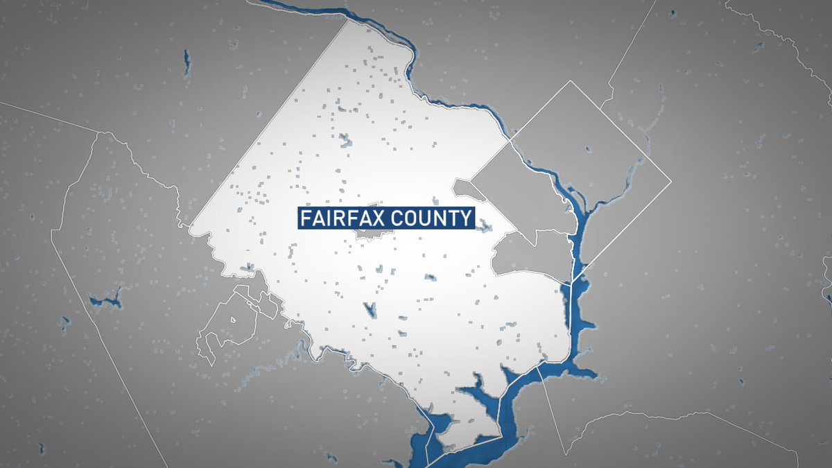 #BREAKING 1 dead, 2 injured after crash on Braddock Rd. & Fairfax County Pkwy., officials report. Expect delays: https://t.co/k2Gu9WN1G0