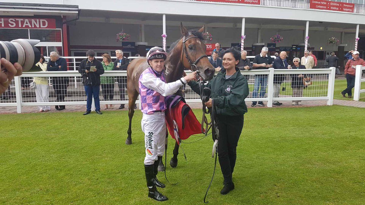 Redcar double. Northwest Frontier wins on just his second start. Tony in the saddle once again. Well done to owner Sir Robert Ogden