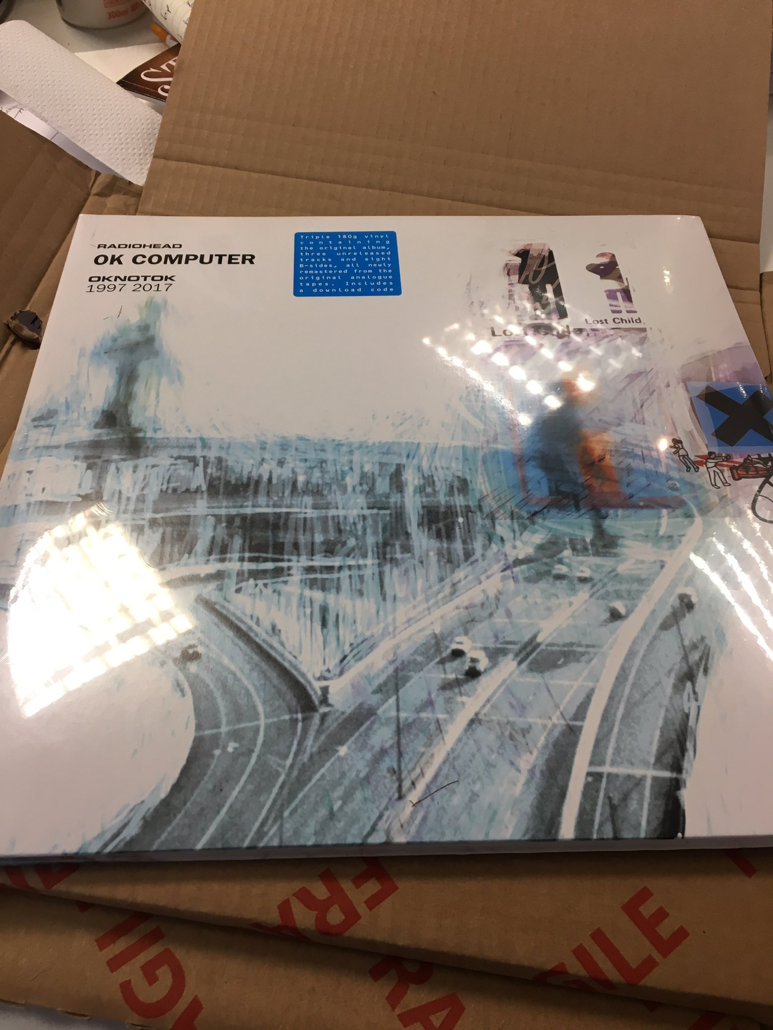 Omg! It's here @radiohead https://t.co/mYiFbL2tZR