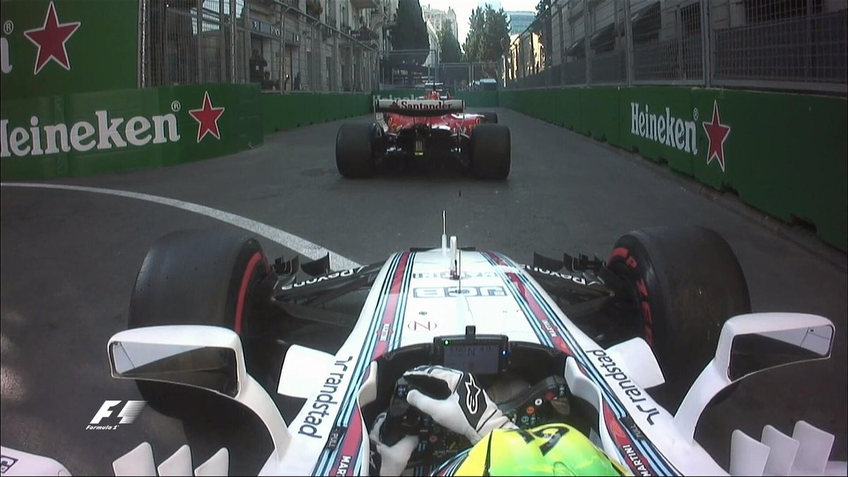 Rush hour traffic jam in Baku 😃 #AzerbaijanGP 🇦🇿 #F1 https://t.co/sck8...