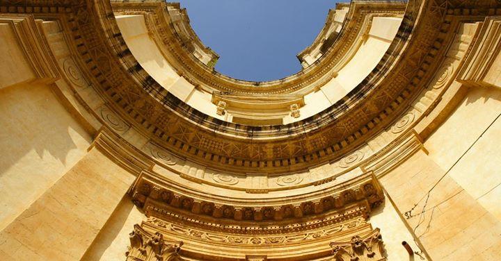 Chiesa di Montevergini a Noto, attribuita a Vincenzo Sinatra.   #blogsicilia #siciliabarocca #notobarocca
