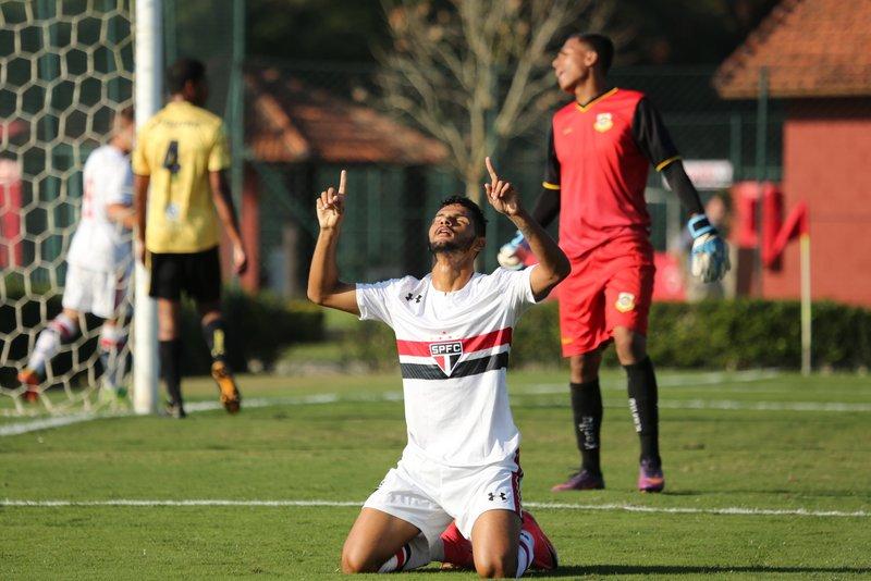 Tricolor #MadeInCotia goleia o São Bernardo pelo Paulista Sub-20
