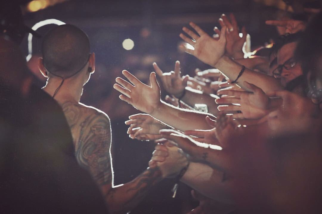 .@ChesterBe y amigos en Madrid #downloadfestmad @DownloadFestMad https://t.co/DG6I9pfwlJ