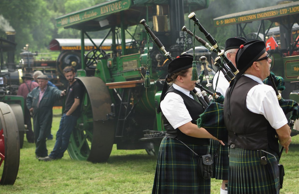 Different faces of the #Bon Accord Steam Fair @CastleFraserNTS<br>http://pic.twitter.com/C9ekxgm6O3