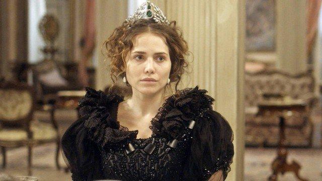 Em 'Novo mundo', Leopoldina enfrenta Domitila: 'Você jamais deixará de ser a amante' https://t.co/1zDOH1sAbV