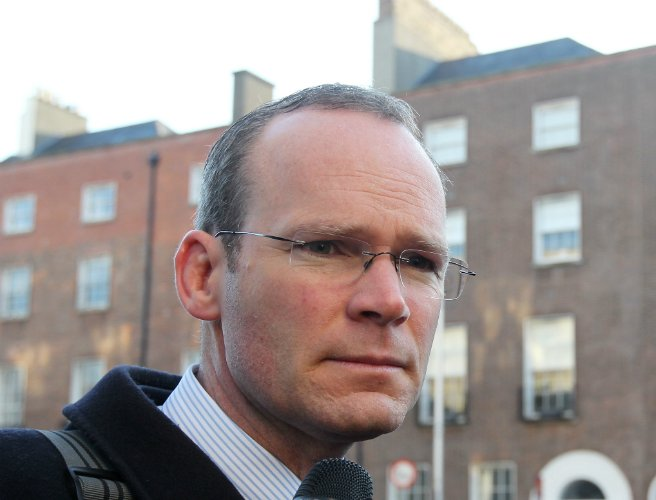 Coveney says power-sharing deal is 'doable' by the deadline https://t.co/MD3JXjsOg8