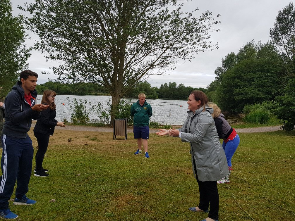 After all the beautiful weather.. our SCITT trainees did #forestschool in the rain! No dampened spirits here though. @getintoteaching<br>http://pic.twitter.com/HTij3WsiIG