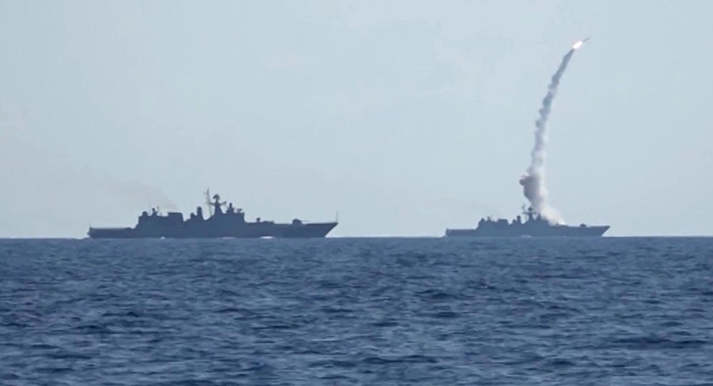How Russia again reduced #Daesh to dust by #Kalibr cruise missiles  https:// sptnkne.ws/eHyH  &nbsp;  <br>http://pic.twitter.com/hb4pEtvKRW