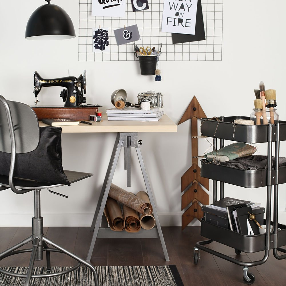 Take your new home office from standard to stylish with a little help from @IKEAUK  http://www. idealhome.co.uk/news/ikea-hack -home-office-173509 &nbsp; …  #Hack <br>http://pic.twitter.com/2Jk6btyS2Q