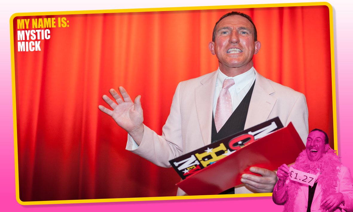 Catch Mick performing to tables at every other Saturday from 8pm at The Royal Hotel #Southend #LiveMagic #Comedy <br>http://pic.twitter.com/KniB2fYqaa