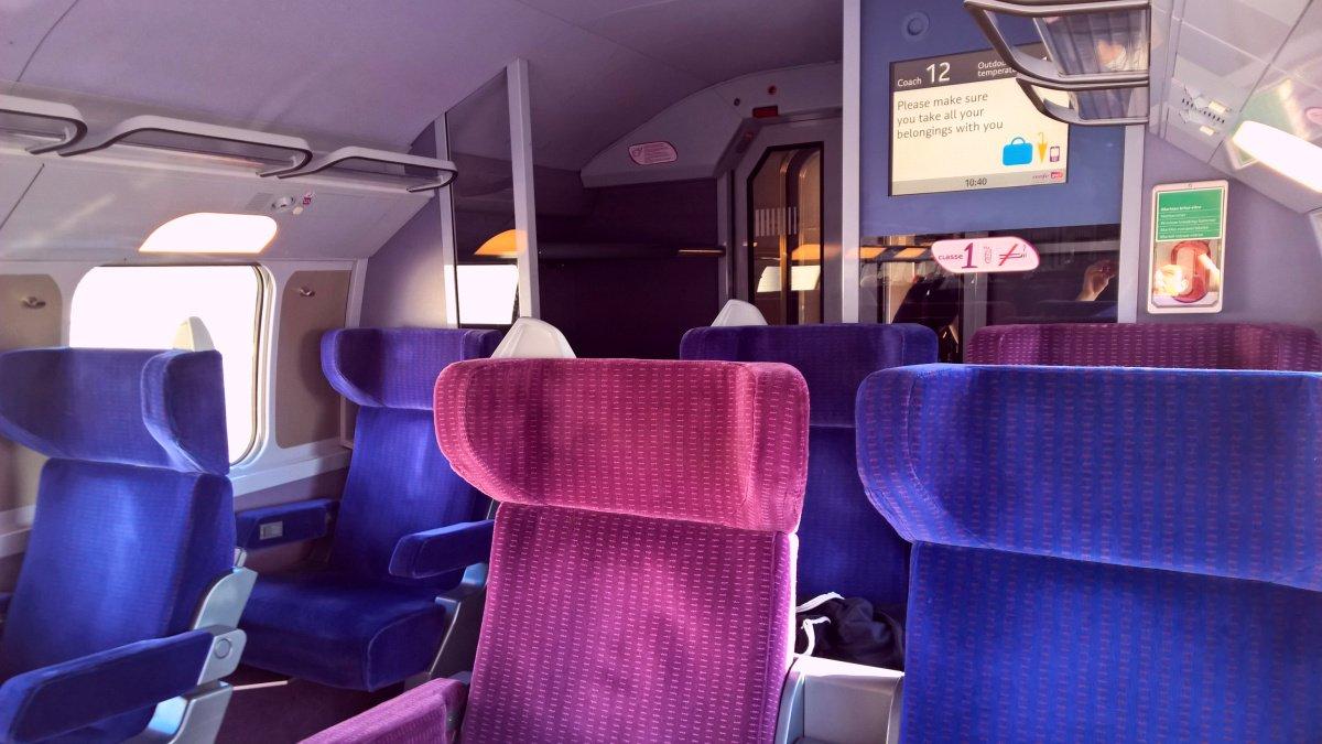 First Class #TGV Barcelona #Sants  - Paris #GaredeLyon #TGV @SNCF #DansleTGV #SNCFrapprochonsnous #InOUI Full Video  http:// youtu.be/ydpbk-qmn08  &nbsp;  <br>http://pic.twitter.com/zy1XhDqQJb
