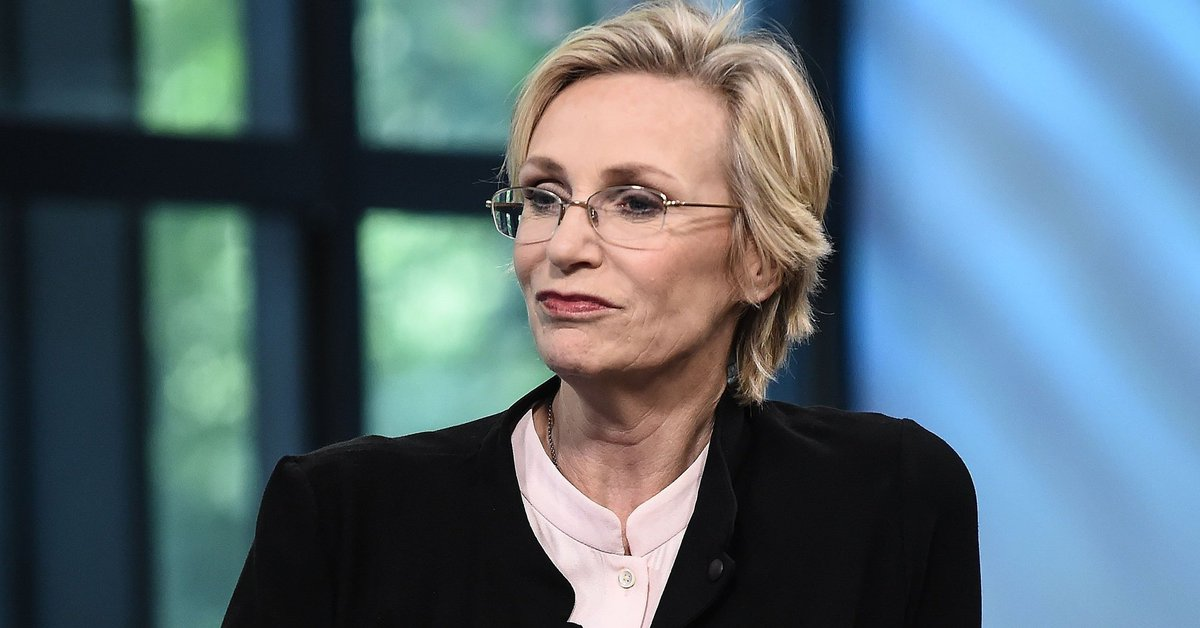 Jane Lynch was up for James Corden's late-night gig, but, you know, women huffp.st/3QNZo8p