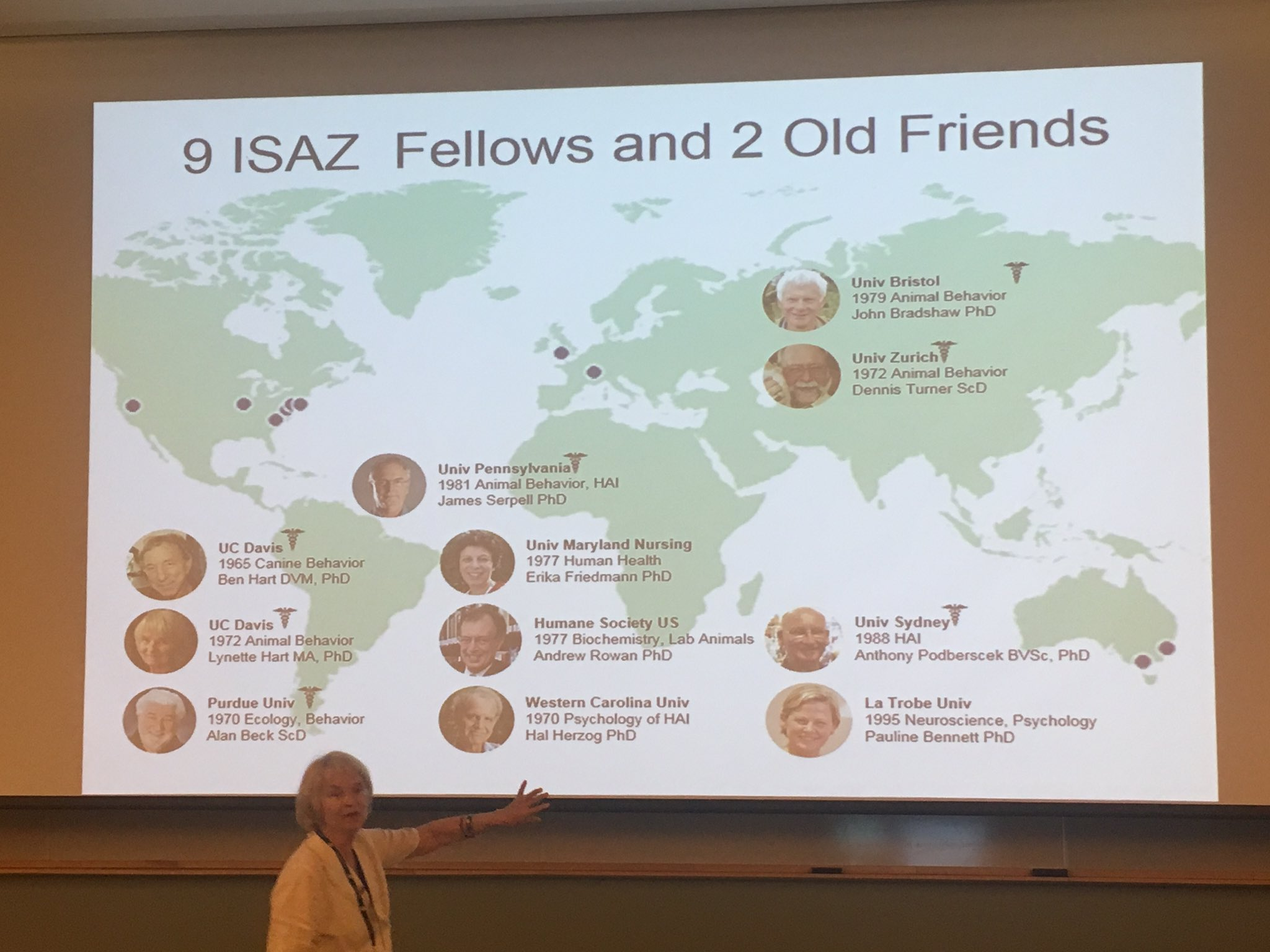 #ISAZ2017 Lynette Hart is giving her Distinguished Anthrozoologist Lecture. Passionate as always. https://t.co/A600g7Z1An