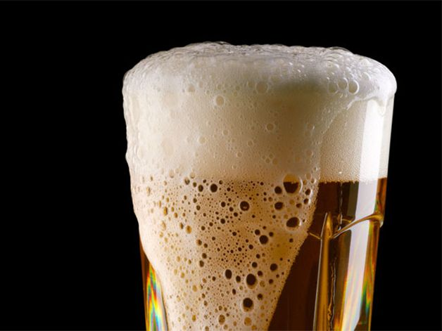 7 body-friendly excuses to throw back a cold one tonight https://t.co/...