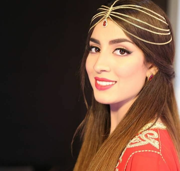 Awesome artist @SuhilaBnLachhab Awesome peace message song   https:// youtu.be/Tw449002F-Q  &nbsp;   Crossed 1M Views!  #SouhilaBenLachhab #Arab | #Music<br>http://pic.twitter.com/9yXNZPEbtC