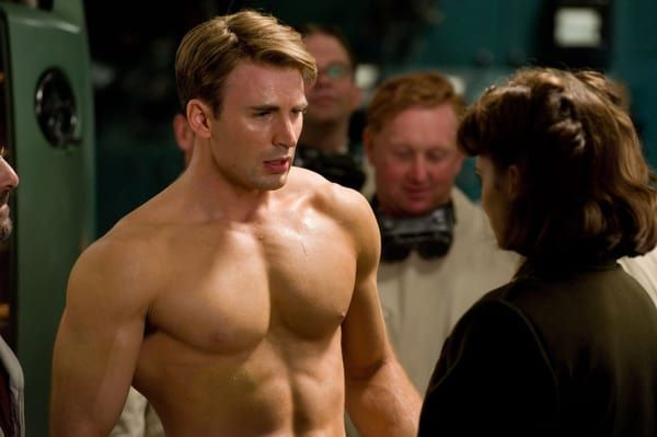How to get shoulders like Captain America https://t.co/BBR9hnXPf8 http...