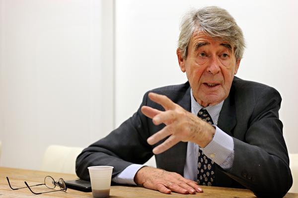 Column Jaap van Duijn: Krankzinnig beleid van centrale banken https://t.co/id2ZroVNox  #Duijn https://t.co/HTeYhJO34C