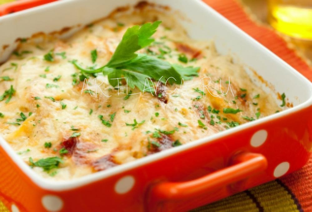 Рыба запеченная с морковью и луком в духовке
