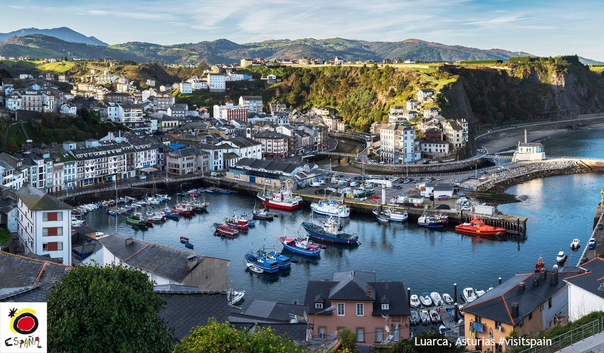 When visiting #Asturias, you can&#39;t miss Luarca, a charming coastal town with a long seafaring tradition!  http:// buff.ly/2romPmo  &nbsp;   #visitspain<br>http://pic.twitter.com/Z7vEEMoC4W