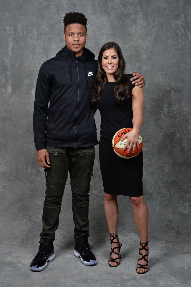 Pela 1ª vez, as primeiras escolhas dos Drafts da NBA e @WNBA vieram de uma mesma universidade: @UWAthletics. #NBADraft #WNBA #WatchMeWork