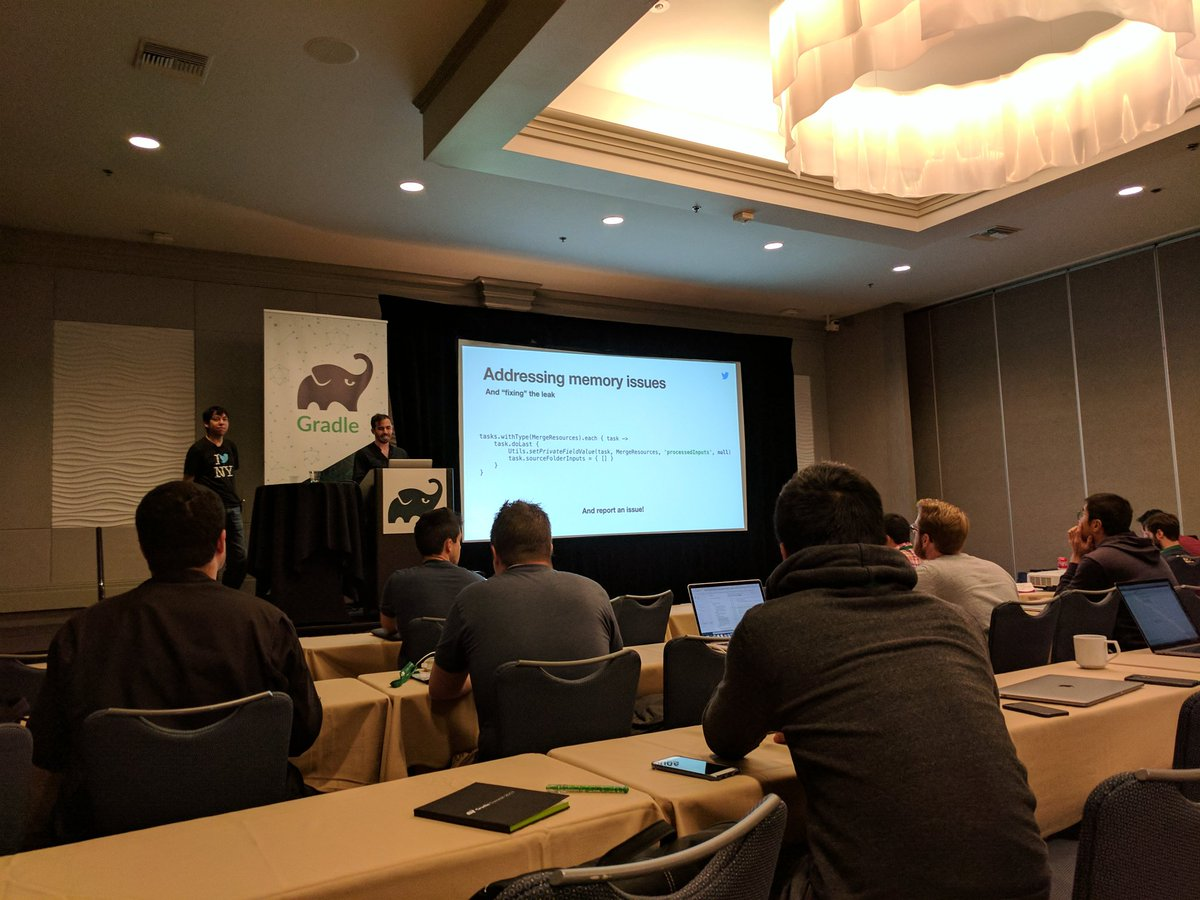 Amazing (and hilarious) Android Gradle Plugin hacks from @CesarDielo and @m_evans10 at #GradleSummit Check the video later on! #androiddev <br>http://pic.twitter.com/4laz6JWwHG
