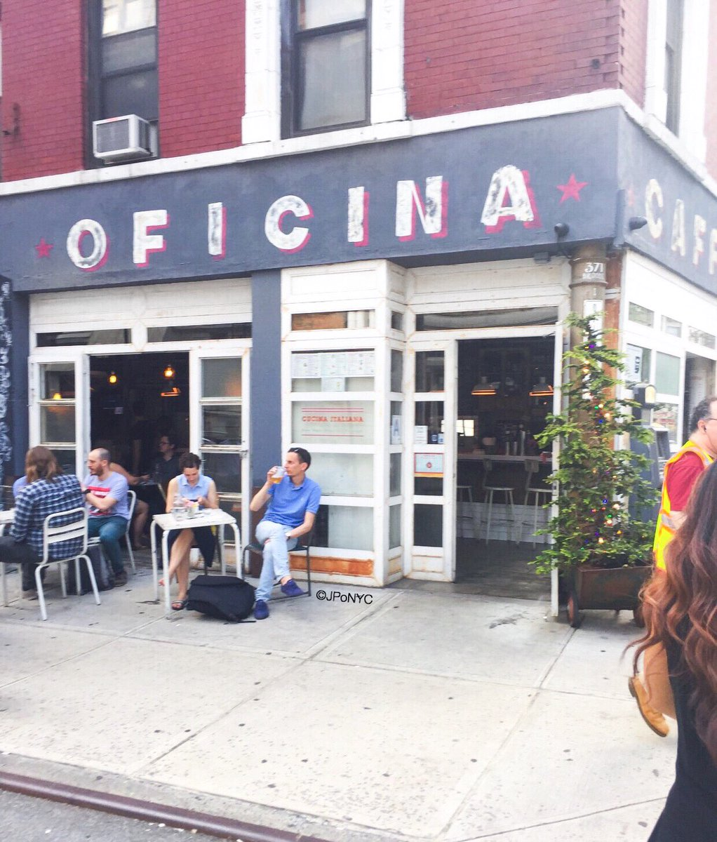 My #oficina for the rest of this Friday! @laoficinanyc #oficinalatinacafe #shabbychic #eatery #panamerican #argentinianfeel #soho #NYC<br>http://pic.twitter.com/hSgJCjRa6P