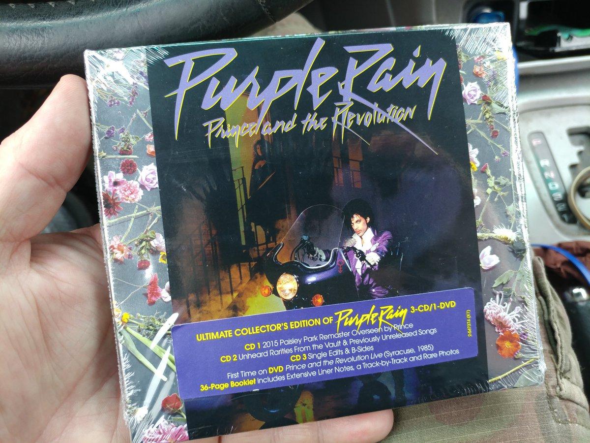 Had to have it today #Prince #PurpleRainDeluxe #PaisleyPark #NPG #TheRevolution #1984 #High School #LetsGoCrazy #RIPPrince <br>http://pic.twitter.com/JkfLXLJ5Hg &ndash; bij House of Guitars