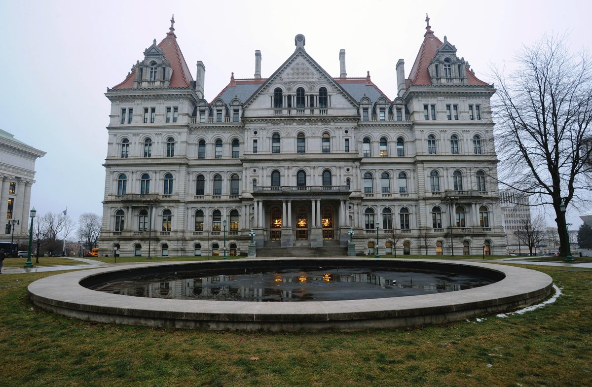 Here's what did (and didn't) get done in Albany https://t.co/nS11OQo3yj