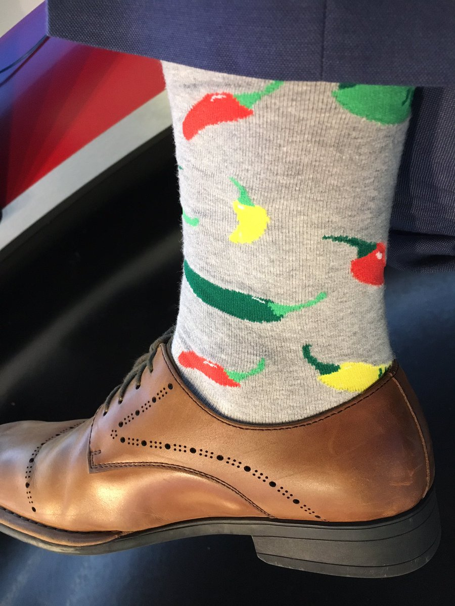 Watch it in the heat out there today! Or you&#39;ll be  just like my caliente #socks! @KPRC2 #socksoutFriday<br>http://pic.twitter.com/xEnRwD7XLG