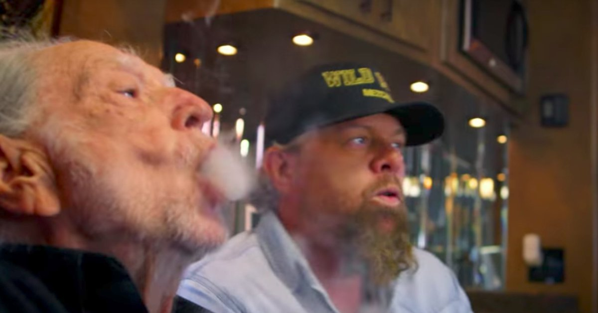 Willie Nelson lights up Toby Keith's new pot ditty 'Wacky Tobaccy' huffp.st/Nwdbm6N