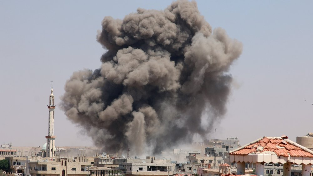 US-led strikes kill at least 472 civilians including 137 children this month in Syria, says monitoring group https://t.co/D9tbdoIrMI