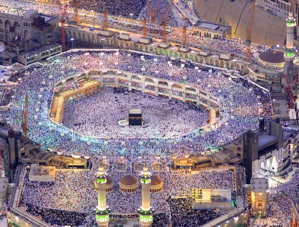 #صور  #صحيفة_الشرق   أكثر من مليوني مصلٍ يشهدون ختم القران الكريم في #...