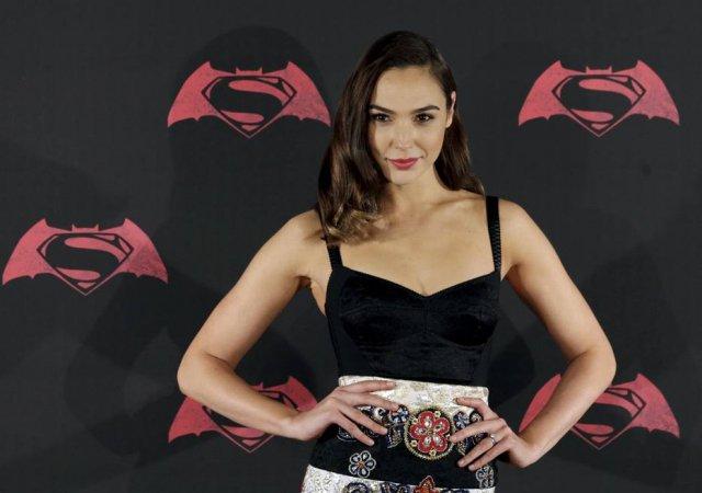 Será que a atriz de 'Mulher Maravilha' realmente recebeu menos do que outros super-heróis? https://t.co/OLS8KJ0r8c