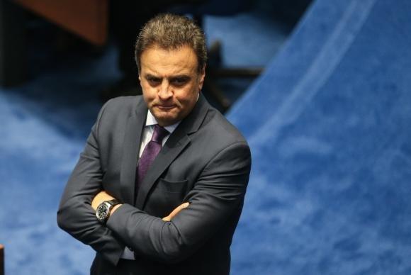 Presidente do Conselho de Ética arquiva pedido de cassação do mandato de Aécio https://t.co/rls7m6rAdw (📷Fabio Rodrigues Pozzebom/ABr)