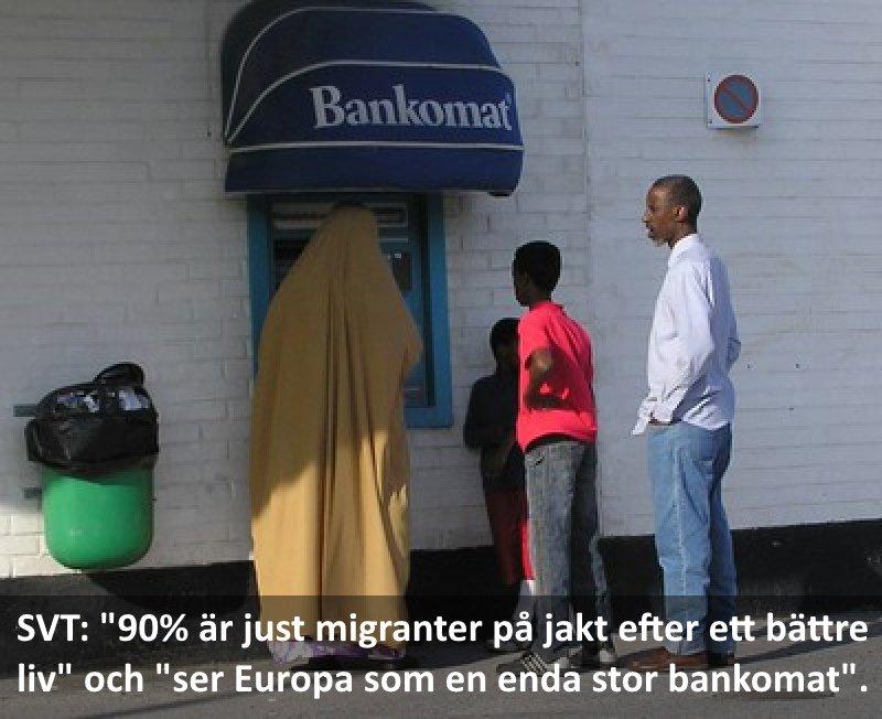 Bildresultat för muslimer köar till bankomat