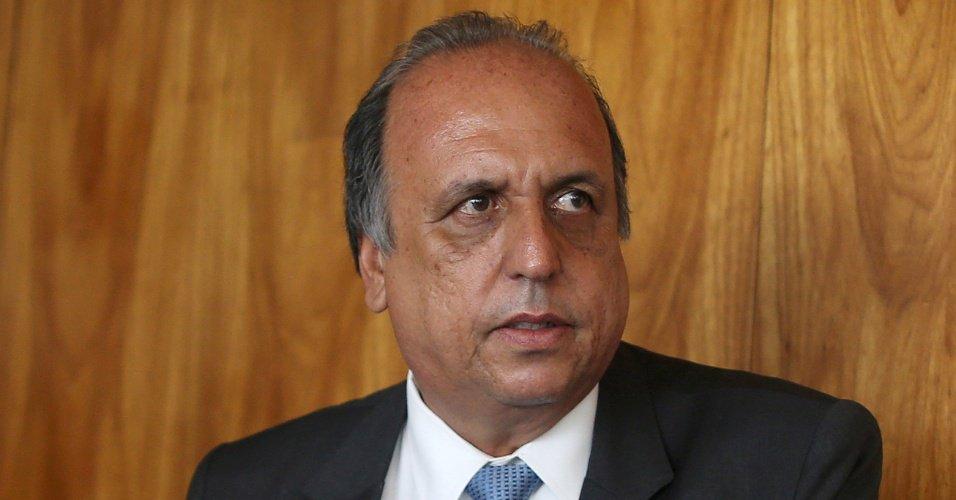 Crise fiscal: Pezão rejeita renúncia e prioriza acordo com governo federal https://t.co/LXv0SAIYU6